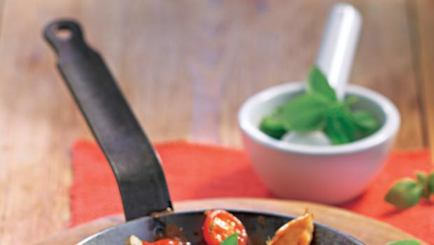 Katera ponev je primerna za določeno jed? (foto: Revija Lisa)