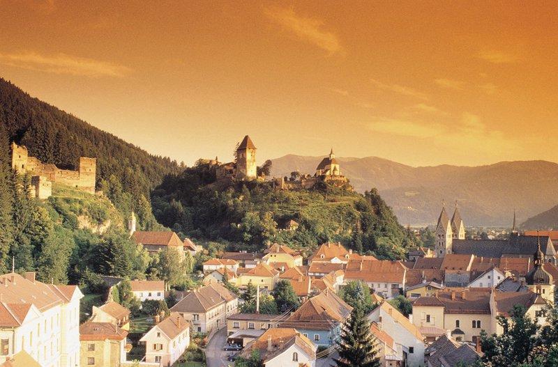 Avstrijska Koroška, grad