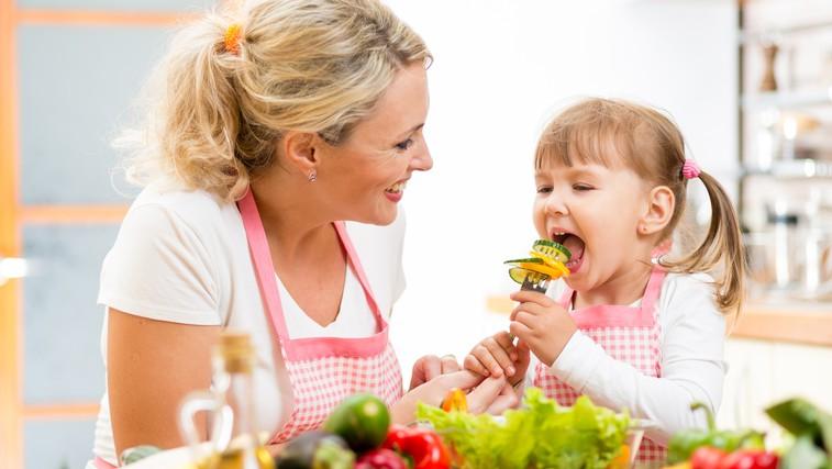 Katera prehrana je za otroke idealna? (foto: Shutterstock.com)