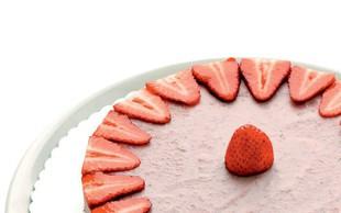 Presna jagodna torta