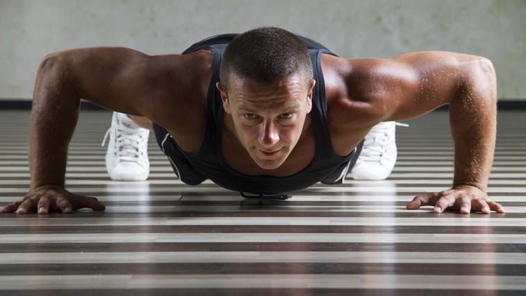 1-minutni izziv: Vojaški poskoki (foto: Shutterstock.com)