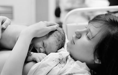 Orgazmični porod – vez med porodom in spolnostjo