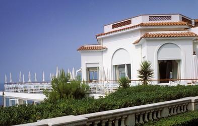 Hotel, kjer najraje prenočujejo zvezde v Cannesu