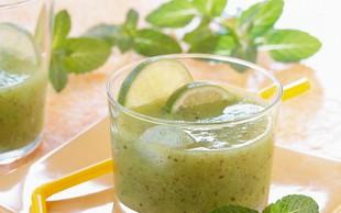 Recepti: 4 slastni in osvežilni 'zeleni pudingi'