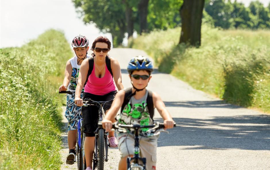 Kako otroku predstaviti kolesarjenje (foto: Shutterstock.com)