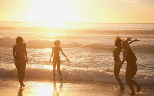 Intimna nega poleti - najpogostejši vzroki okužb in kako se zaščititi
