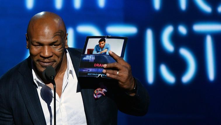 Mike Tyson na podelitvi nagrad BET (foto: Profimedia)