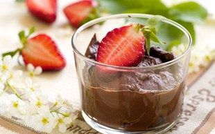 Recept: Čokoladni mousse z grškim jogurtom