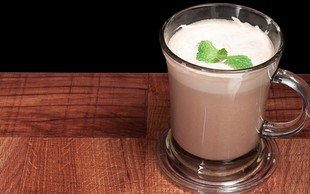 Recept: Poživljajoč čokoladni napitek