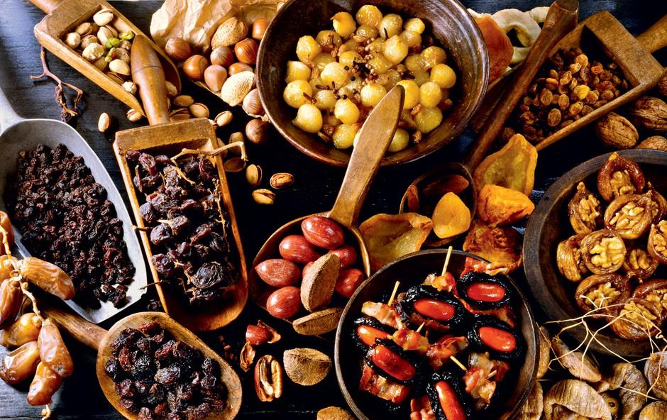 Pravilne kombinacije živil v presnih tortah (foto: Mateja Tea Dereani)