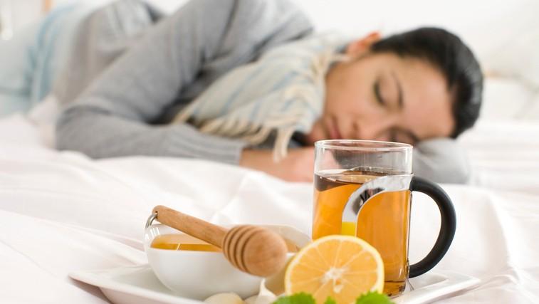 Gripi podobni simptomi so lahko znaki lymske borelioze (foto: Profimedia)