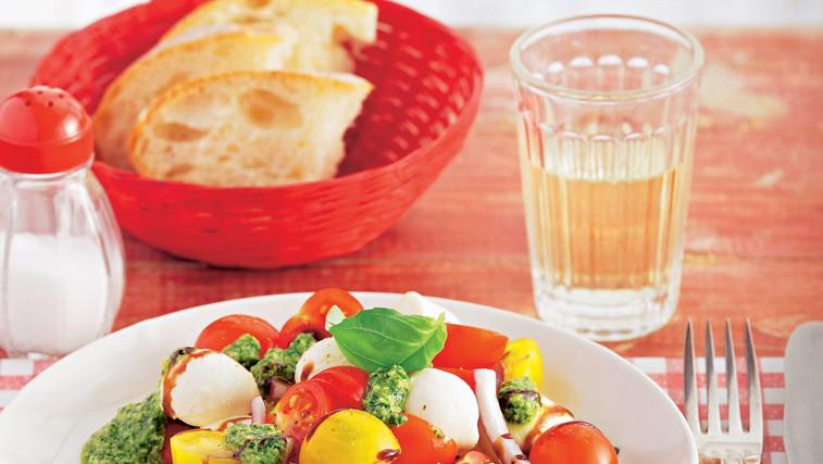 Paradižnikova solata (foto: stockfood photo)