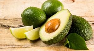 8 razlogov, zakaj je avokado 'kralj' med sadeži