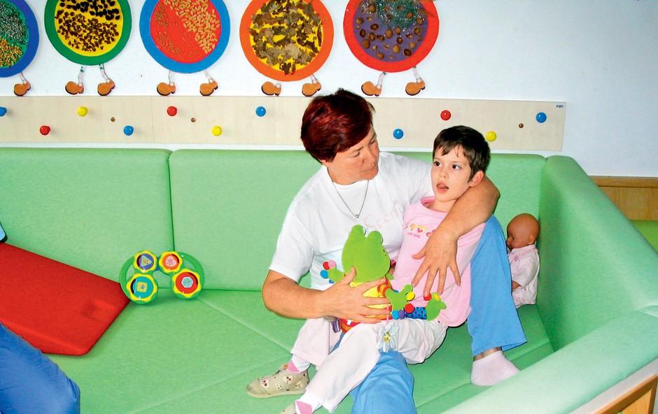 Dnevni center kot ena izmed oblik bivanja oseb z motnjo v duševnem razvoju (foto: arhiv)
