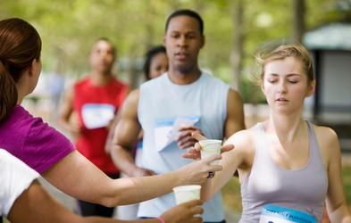 S pravilno hidracijo do boljšega rezultata na maratonu