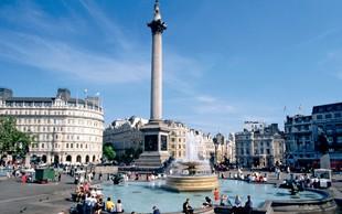 Na trgu Trafalgar v Londonu brez kajenja