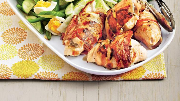 Piščančji zvitki v hrustljavem plaščku iz slanine (foto: stockfood photo)