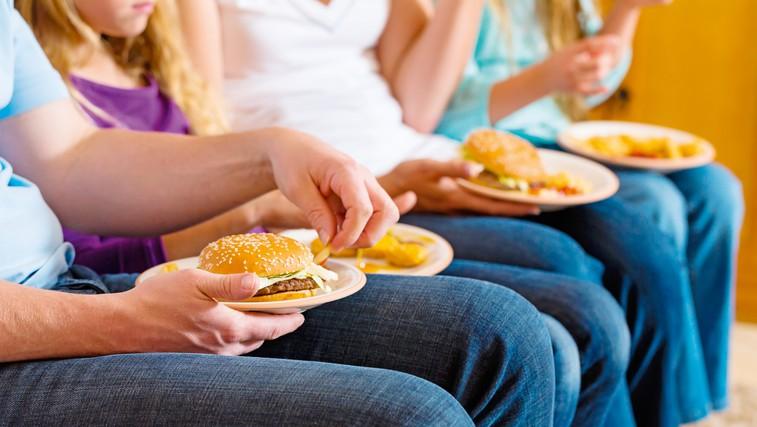 Vpliv slabe prehrane na zdravje postaja večji od kajenja (foto: Shutterstock.com)