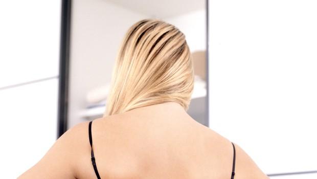 5 slabih navad, ki silijo vaše prsi k tlom (foto: profimedia)