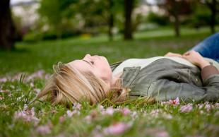 Vas že tare pomladanska utrujenost?