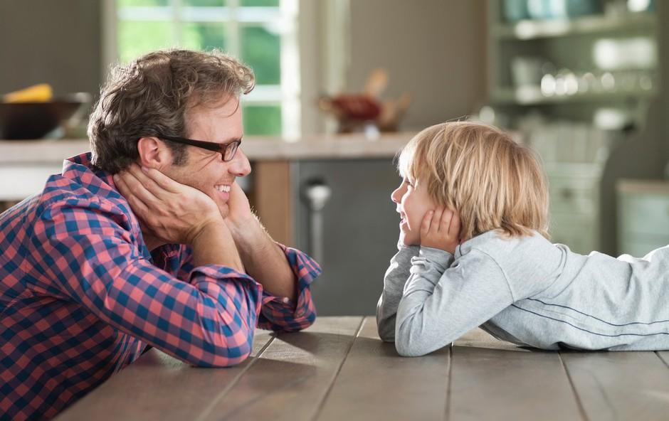 Starš otroku ni prijatelj! (foto: Profimedia)