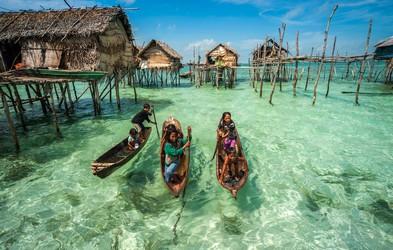Foto: Življenje na vodi ob obali Malezije