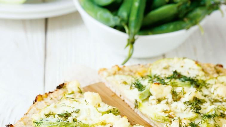 Pica s kozjim sirom in brusnicami (foto: Shutterstock)