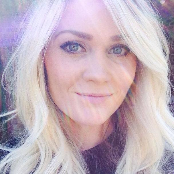 Selfie 27-letnice s kožnim rakom obšel svet (Nazorna fotografija) (foto: Tawny)
