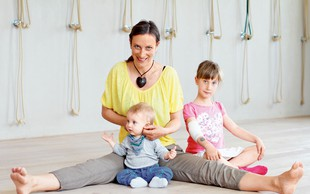 Dojenčki so naravni jogiji