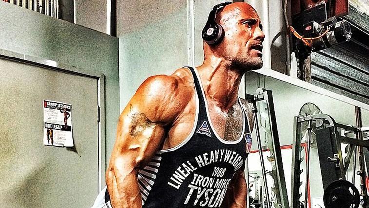 Kaj se zgodi, ko se povprečen človek en dan prehranjuje kot Dwayne 'The Rock' Johnson (VIDEO) (foto: Profimedia)