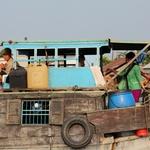 Foto: Življenje na delti reke Mekong (foto: Olga Marmolja)