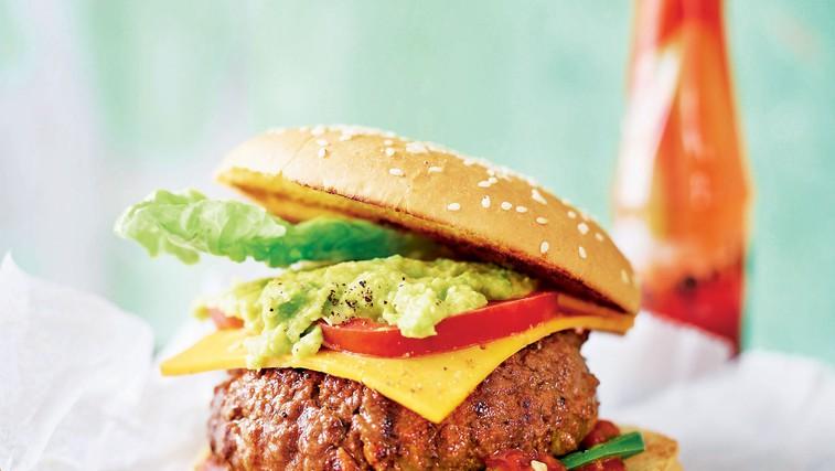 Pripravite najboljši domač hamburger (foto: stockfood photo, revija Lisa)