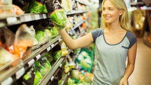 Po nakupih hrane s seznamom, polnim želodcem in po pameti