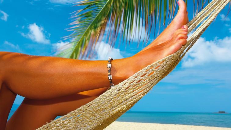 Kako poleti ustrezno negovati stopala (foto: Shutterstock.com)