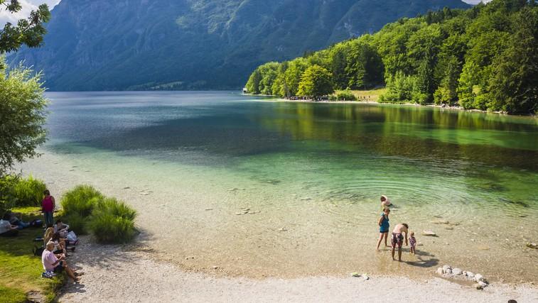 Naravna kopališča v Sloveniji - osvežitev za konec tedna (foto: Shutterstock.com)