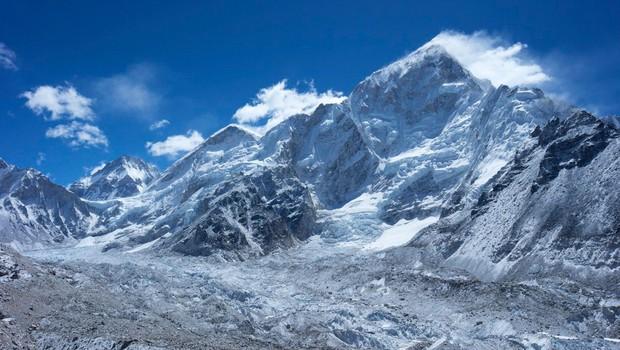 Mount Everest še vedno raste (foto: profimedia)