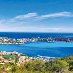 Program kontrastov domače Provanse: od mesteca Cap Ferrat do Saint-Tropeza – sanjska pot vzdolž bližnje obale Côte d'Azur z mondenim vzdušjem. (foto: Revija Moje stanovanje)