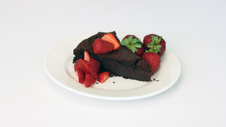 Video: Spekli smo slastno čokoladno brezglutensko torto (foto: Danijel Čančarević)