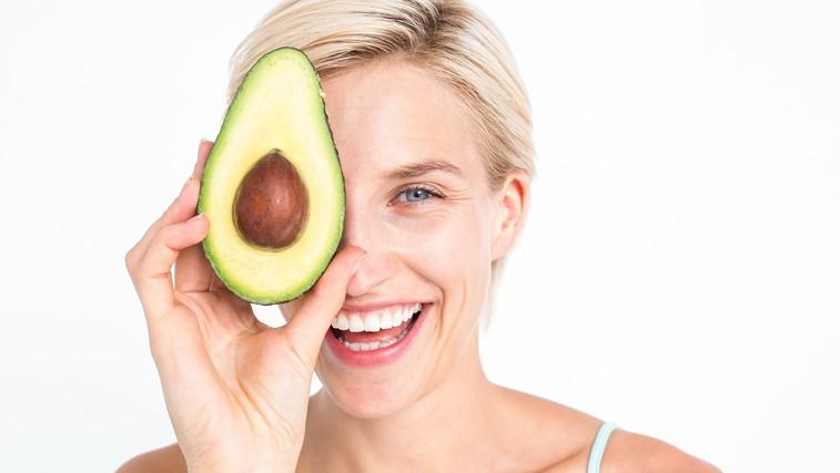 3 lepotni triki z avokadom (foto: Shutterstock.com)