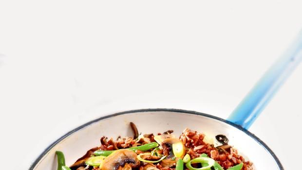 Riž z gobami in s stročjim fižolom (foto: revija Čarovnija okusa)