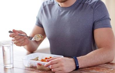 5 enostavnih predlogov za obroke pred treningom in po njem