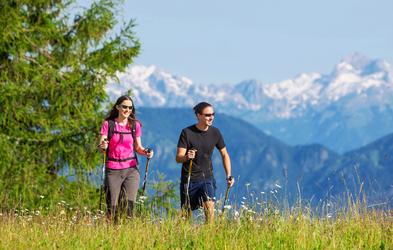 Udeležite se tradicionalnega pohoda z Alpino