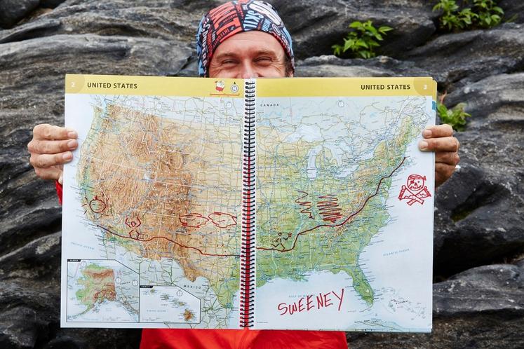 36-letni Patrick Sweeney se je tako kot glavni junak v filmu Forrest Gump podal na pot prek Združenih držav Amerike. …