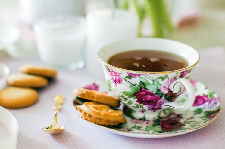 Čaj kot budilka Ne samo kava, tudi čaj nas bo zjutraj dodobra zbudil, njegov učinek pa je daljši in bolj …