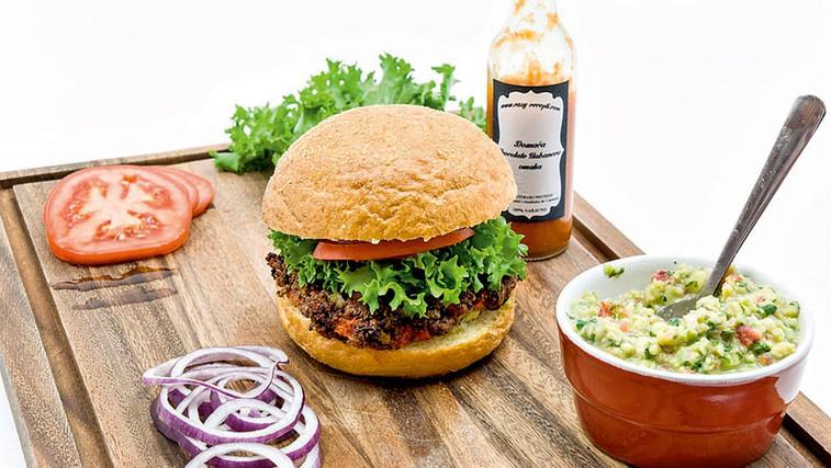 Burgerji za vegane (foto: Osebni arhiv)