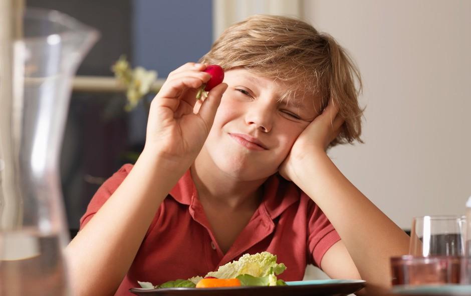 Kako izbirčne otroke navdušiti nad hrano? (foto: profimedia)