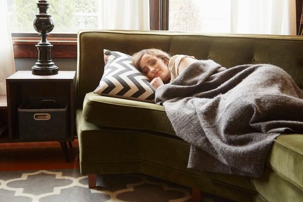 28-krat na noč se prebudimo. Če stanje budnosti traja manj kot 3 minute, se tega zjutraj ne spomnimo.