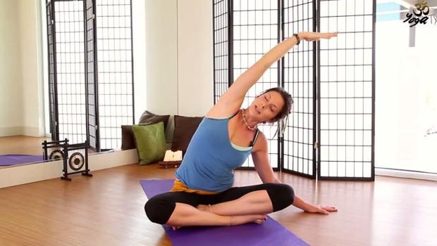 VIDEO: 30-minutno joga raztezanje proti bolečinam v hrbtu (foto: YouTube)