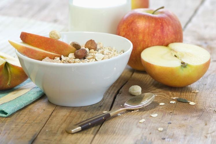 Za zajtrk si privoščite: Zajtrk! Ne, nismo se zatipkali. Na zajtrk prepogosto pozabljamo – ker je treba zgodaj od doma, …