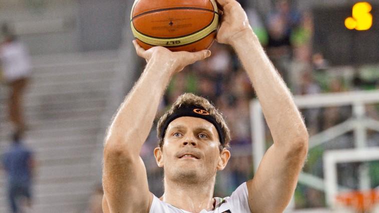 Izjemna življenjska zgodba vrhunskega slovenskega košarkarskega reprezentanta Mihe Zupana (foto: Goran Antley)